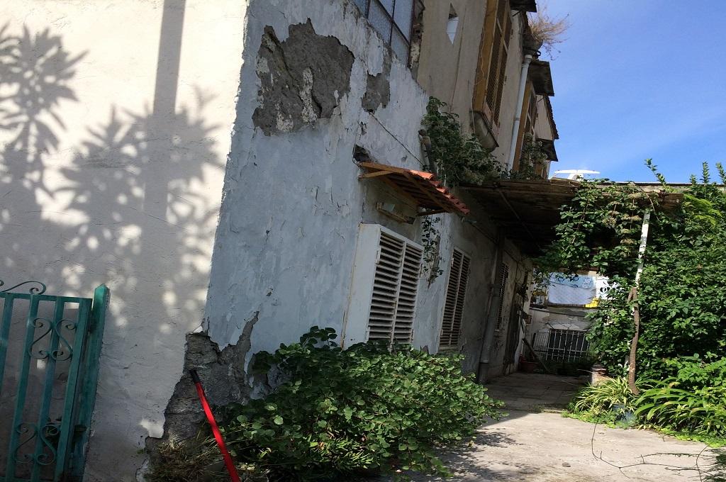 San Giorgio a Cremano (NA) - Casa Rurale con terreno