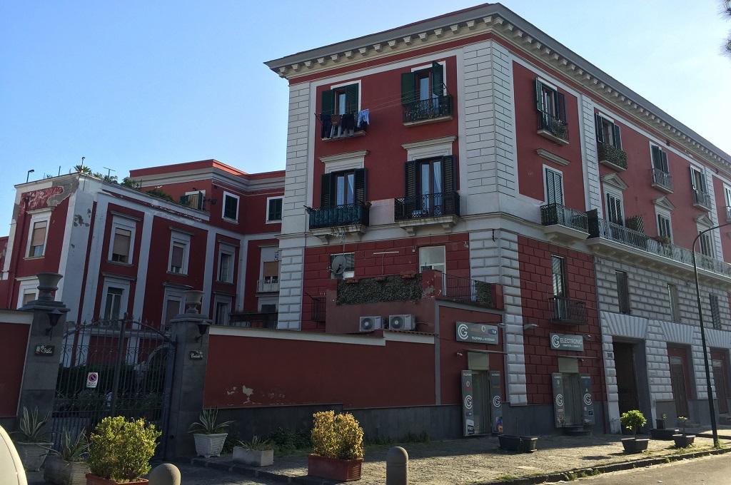 Portici (NA)  - 4 locali con terrazzo