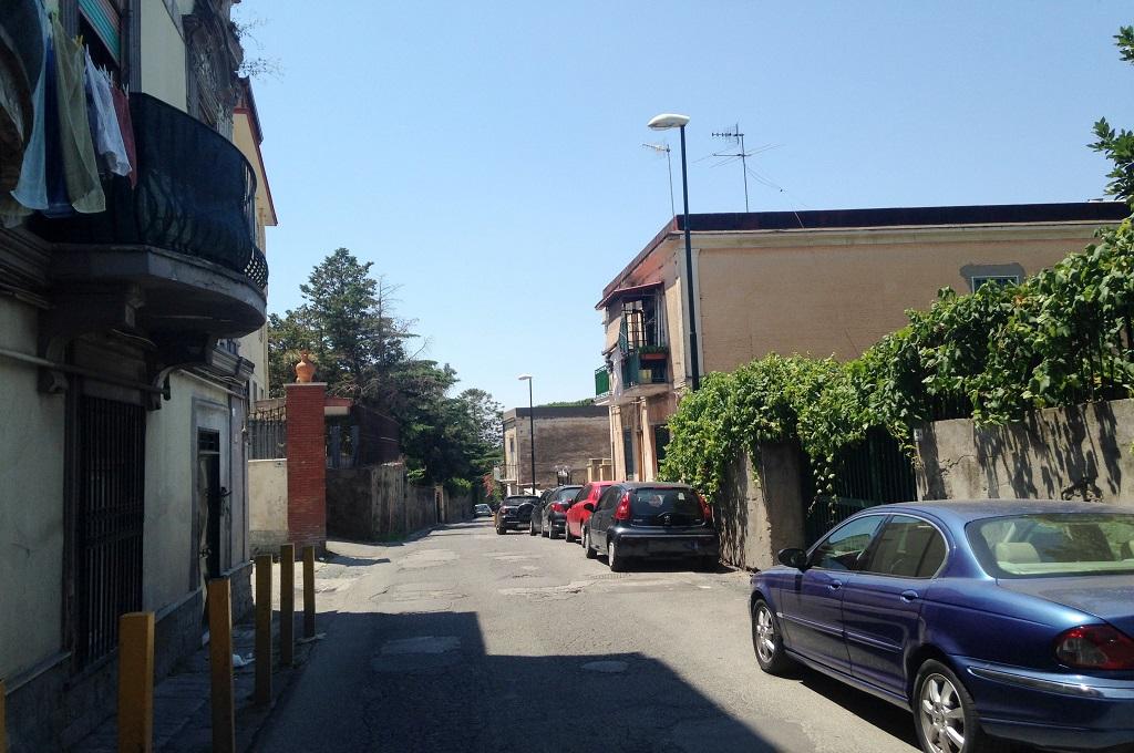 Portici (NA) - 2 locali LOCATO
